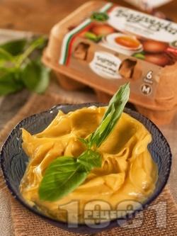 Домашна майонеза с горчица - снимка на рецептата